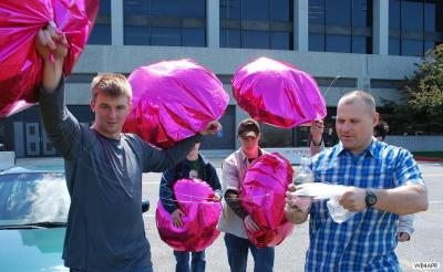 balloon2-carrying-out029x.jpg